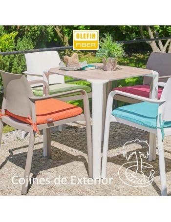 COJINES DE EXTERIOR 40X40